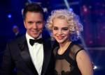 Die Siegerin Rykka mit Eurovision-Moderator Sven Epiney